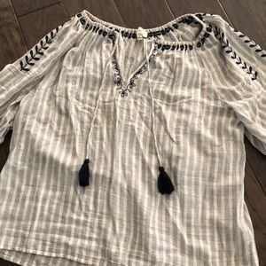 Lucky brand peasant blouse L